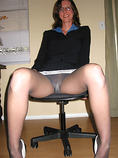 Useful message Mature pantyhose upskirts
