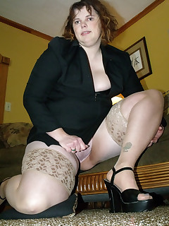 up skirt mature bbw