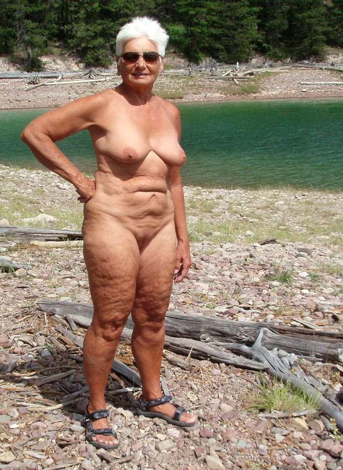 Granny Voyeur